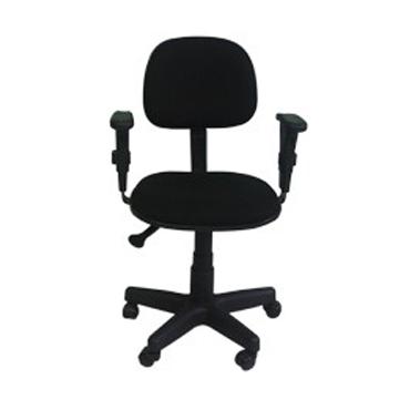 Cadeira secretária giratória com braço T – ajuste no assento