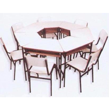 Conjunto cadeira e mesa trapézio de MDP ou MDF