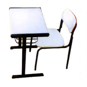 Conjunto cadeira e mesa de MDP ou MDF