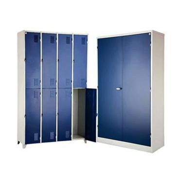 Roupeiro e armário porta azul